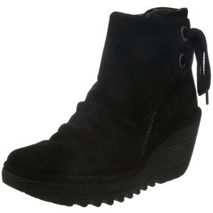 Fly London booties. - suede, black color.